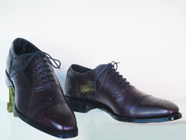 革靴 コツコツ
